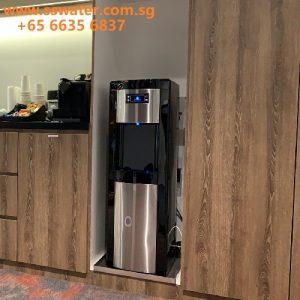 Floor standing direct pipe in water dispenser
